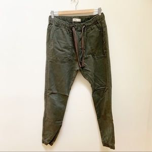 Hollister army green jogger pants S